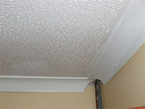 Skim Coat Popcorn Ceiling by Como Saber Se Tenho Telhas De Amianto