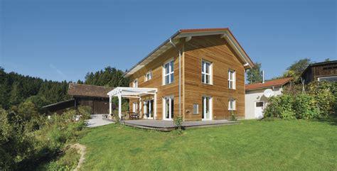 Holzfassade Lange Lebensdauer by Die Holzfassade Als Alternative Zu Mauerwerk Und Putz