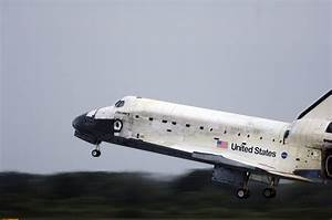 New Space Shuttle Discovery Landing (page 2) - Pics about ...