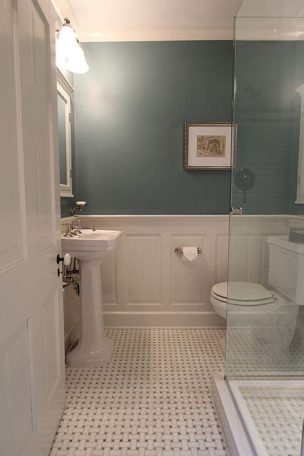 Bathroom Tile Wainscoting Ideas by Best 25 Wainscoting Bathroom Ideas On