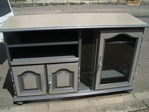 Comment Relooker Un Meuble : comment relooker un meuble tv maison et mobilier d 39 int rieur ~ Dode.kayakingforconservation.com Idées de Décoration