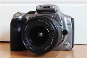 Canon Eos 300d Camera With Canon Ef S 18 55mm Lense F35 56