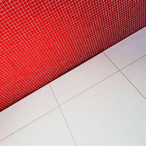 Badezimmer Fliesen Lack by 1l Fliesenlack Wand In Weiss Fliesen Lackieren Badfliesen