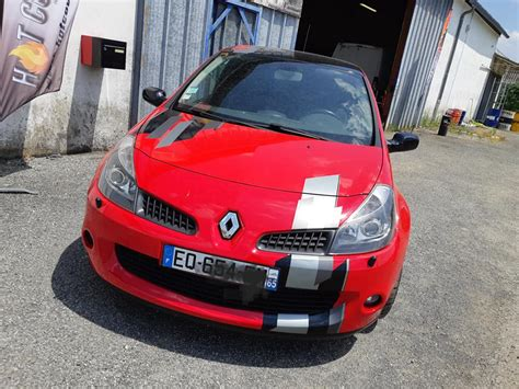 hotcover renault clio  rs red  covering