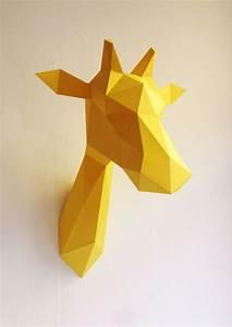 Trophée Animaux Origami : girafe en origami assembli jaune ~ Teatrodelosmanantiales.com Idées de Décoration