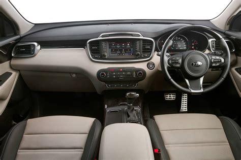 kia sorento 2015 interior kia cars news 2015 kia sorento pricing and specification