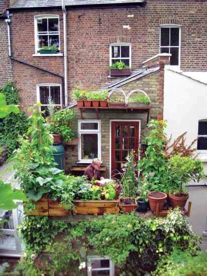 gardens for small spaces small space gardening organic gardening mother earth news