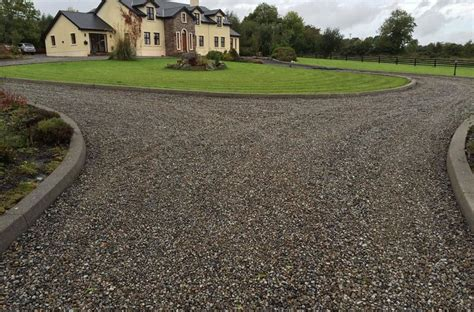 Pictures Of Gravel Driveways