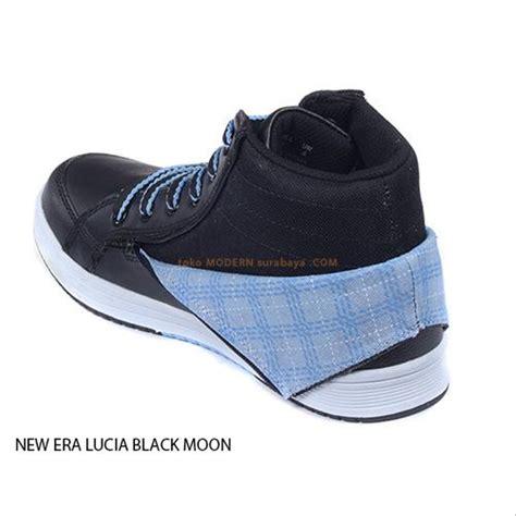 Sepatu Santai New Era jual no 39 new era lucia black moon sepatu sekolah boots