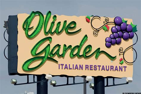 olive garden grapevine olive garden is the hill darden wants to die on thestreet