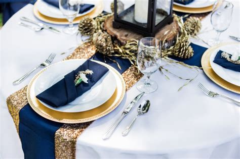 navy and gold wedding inspiration link