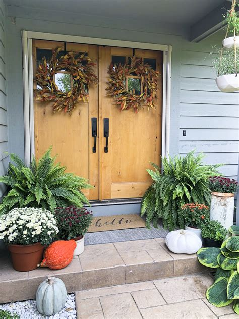 Simple Porch & Entryway Fall Decor  Fabulous Fall Homes