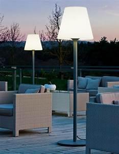 Dielenbretter Für Terrasse : garten im quadrat outdoor stehleuchte standy designer ~ Michelbontemps.com Haus und Dekorationen
