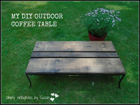 Cut four 2×4 boards to 15″ in length each. simply vintageous...by Suzan: DIY OUTDOOR COFFEE TABLE
