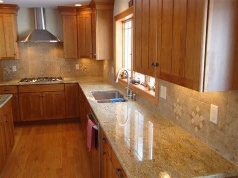 pecan kitchen cabinets best 25 maple cabinets ideas on maple kitchen 1440