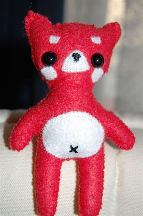 mitch  red panda  panda plushie sewing  cut