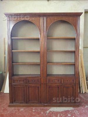 Libreria Legno Massiccio libreria in legno massiccio bifacciale arredo posot class