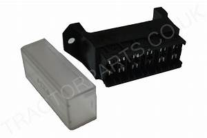Case International 6 Way Blade Fuse Box 95 3200 4200 85