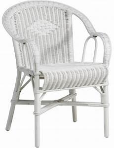 Siege En Rotin : fauteuils et meubles en moelle de rotin grand p re kok maison ~ Teatrodelosmanantiales.com Idées de Décoration