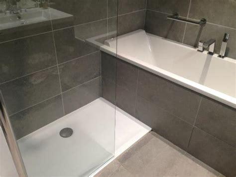 baignoire chambre chambre deluxe n 216 salle de bain avec et