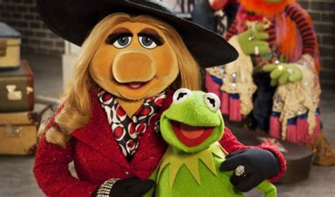 'The Muppets... Again!' Will Feature Miss Piggy's Wedding ...