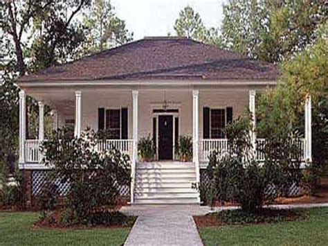 cottage home plans low country cottage southern living southern living