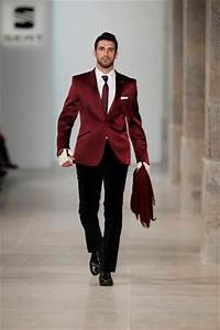 1000+ images about Trend | Burgundy Menswear on Pinterest | Maroon suit Suits and Gentleman