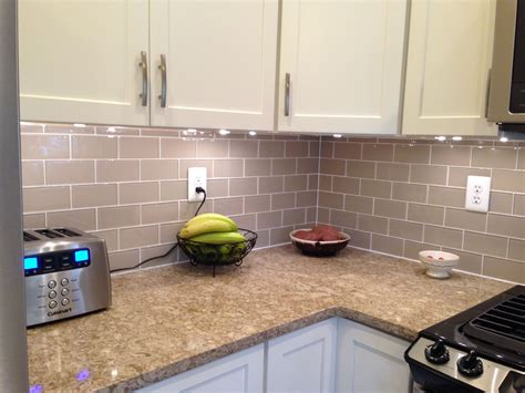 tips  choosing  tile   kitchen backsplash