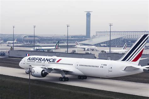 qualité air lyon air welcomes b787 dreamliner to the fleet