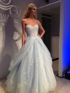 Alfred angelo cinderella dress 6 cinderella wedding for Cinderella wedding dress alfred angelo