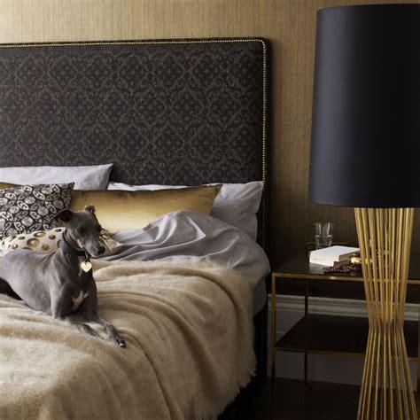Goldene Tapete Schlafzimmer by Golden Bedroom Bedrooms Bedroom Ideas Image