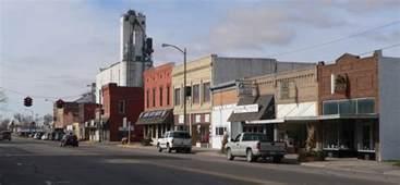 File:Central City, Nebraska G St from B Ave.JPG ...