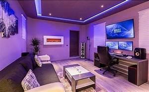 Gaming Zimmer Ideen : pin von 1 1 1 auf gaming pinterest zocker zimmer wohnzimmer und spielzimmer ~ Markanthonyermac.com Haus und Dekorationen