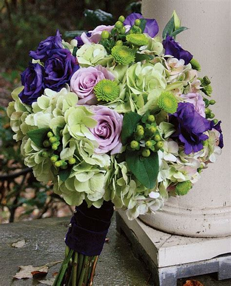 bright  beautiful wedding bouquets prices