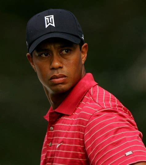Biography of Tiger Woods - Biography Archive
