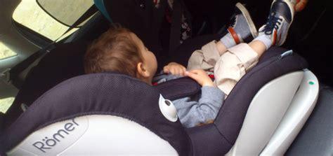 siege auto bebe 9 mois siege auto bebe 15 mois pi ti li