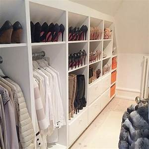 Fabriquer Un Dressing En Bois : 1001 id e pour un dressing sous pente gain de place ~ Dailycaller-alerts.com Idées de Décoration