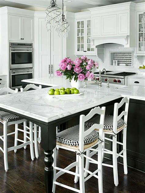 table cuisine marbre on vous présente la table en marbre meuble blanc