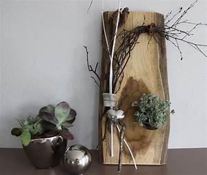 Gartendeko Aus Altem Holz : wd4 u2013 wanddeko aus altem holz holzbrett nat rlich dekoriert mit einem edelstahlherz und ~ Frokenaadalensverden.com Haus und Dekorationen