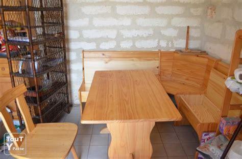 table cuisine banc ensemble cuisine table 2chaises et un banc avec rangement