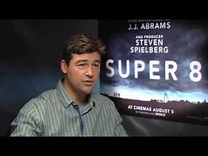 Interview: Kyle Chandler Talks Super 8 - YouTube