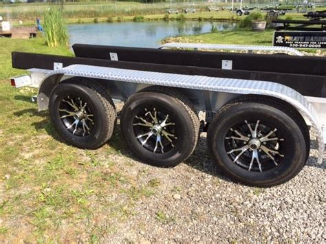 Boat Trailer Illinois by Aluminum Tri Axle Boat Trailer 27 30 Ft 14300 Lbs Chicago