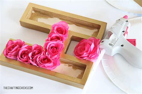 diy floral monogram  crafting chicks