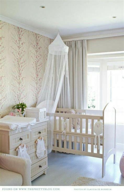 lumiere chambre bébé davaus armoire chambre bebe avec des idées