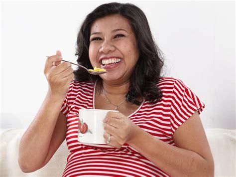 Wanita Mengandung Makan Durian Nutrisi Dan Diet Untuk Wanita Hamil Babycenter