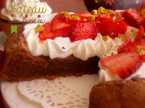 cuisine recette tv gateau aux fraises chantilly et chocolat le cuisine de samar