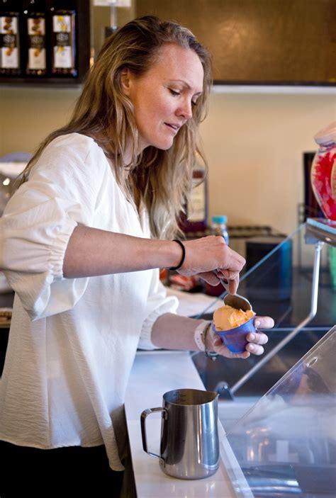Vaša otázka bude zverejnená na stránke otázky a odpovede. Long-established High Point coffee shop expands into Winston-Salem | Dining | journalnow.com