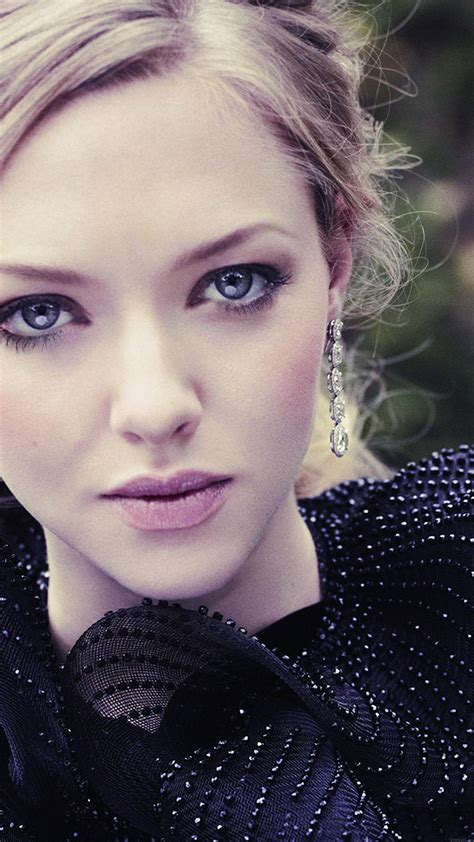 hb wallpaper amanda seyfried film actress girl wallpaper