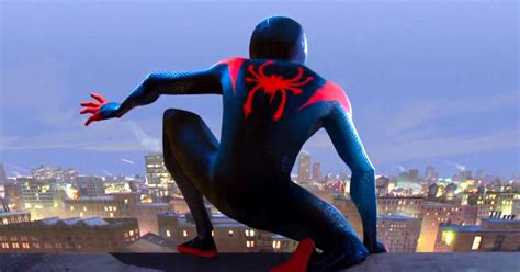 Spiderman Into The Spiderverse Trailer Shows Miles