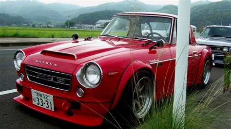 Datsun Roadster 2000 by Collectibles 1969 Datsun 2000